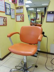 Сдам в аренду парикмахерское кресло в салоне красоты